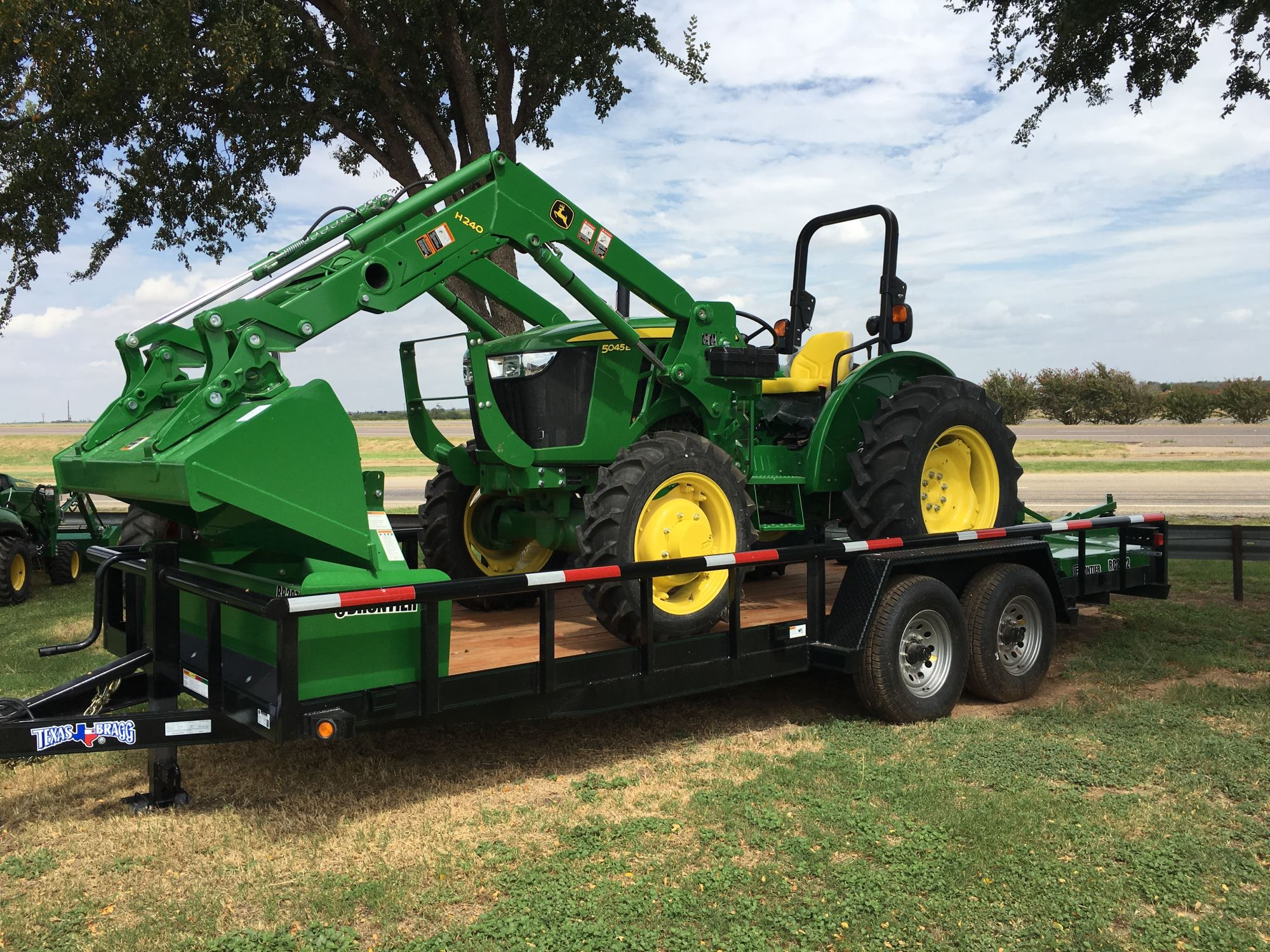 John Deere Tractor Specials : Tractor packages quality implement